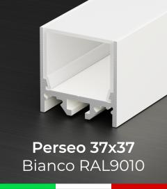 """Profilo Piatto in Alluminio """"Perseo"""" 37x37mm per Strisce LED - Verniciato BIANCO RAL9010"""